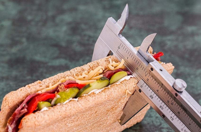 The factors that prevent people from losing weight